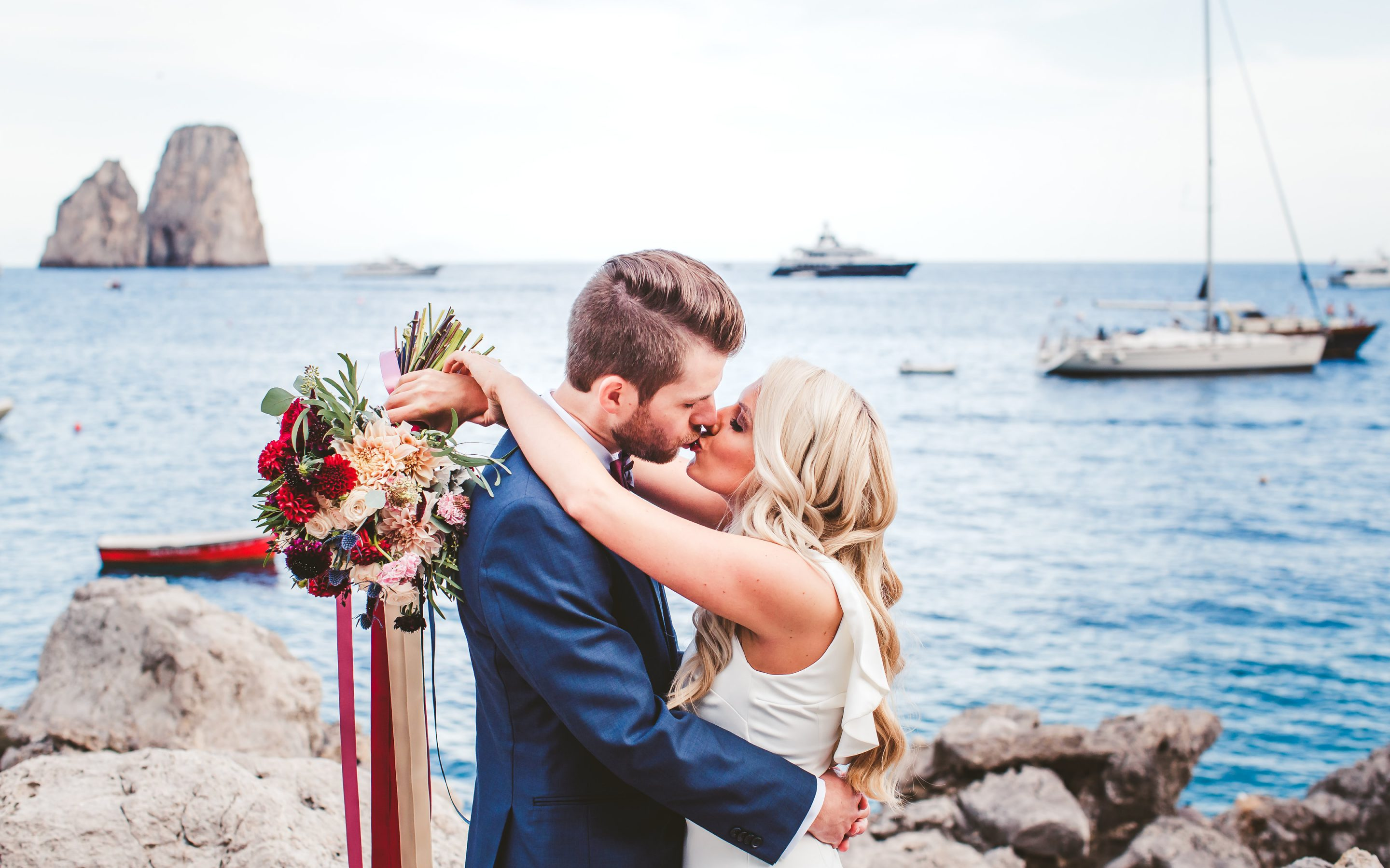 Colorful elopement in Capri