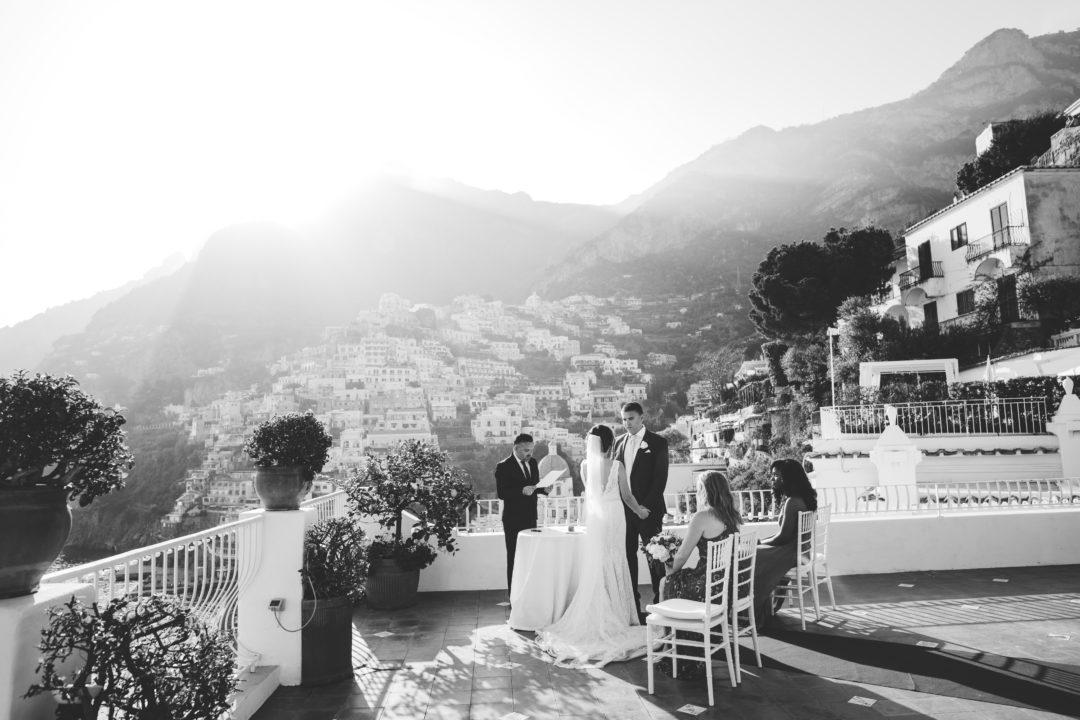 Sunny elopement in Positano