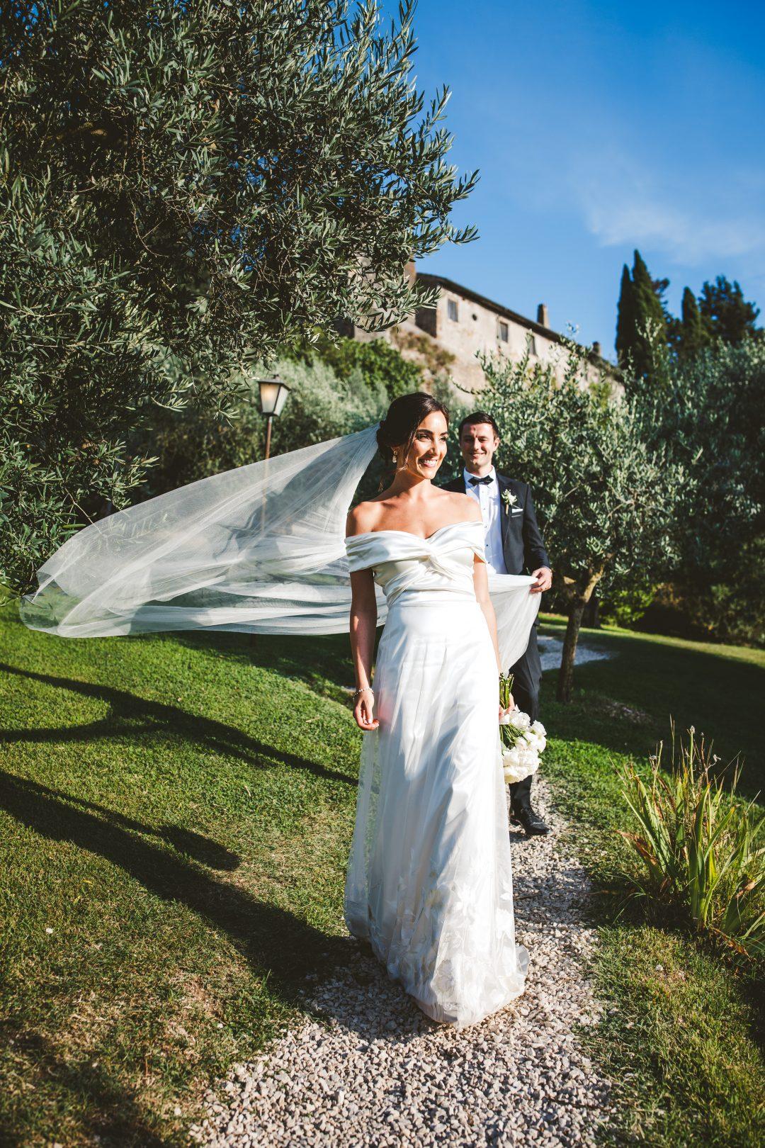 Elegant irish wedding at Borgo di Tragliata