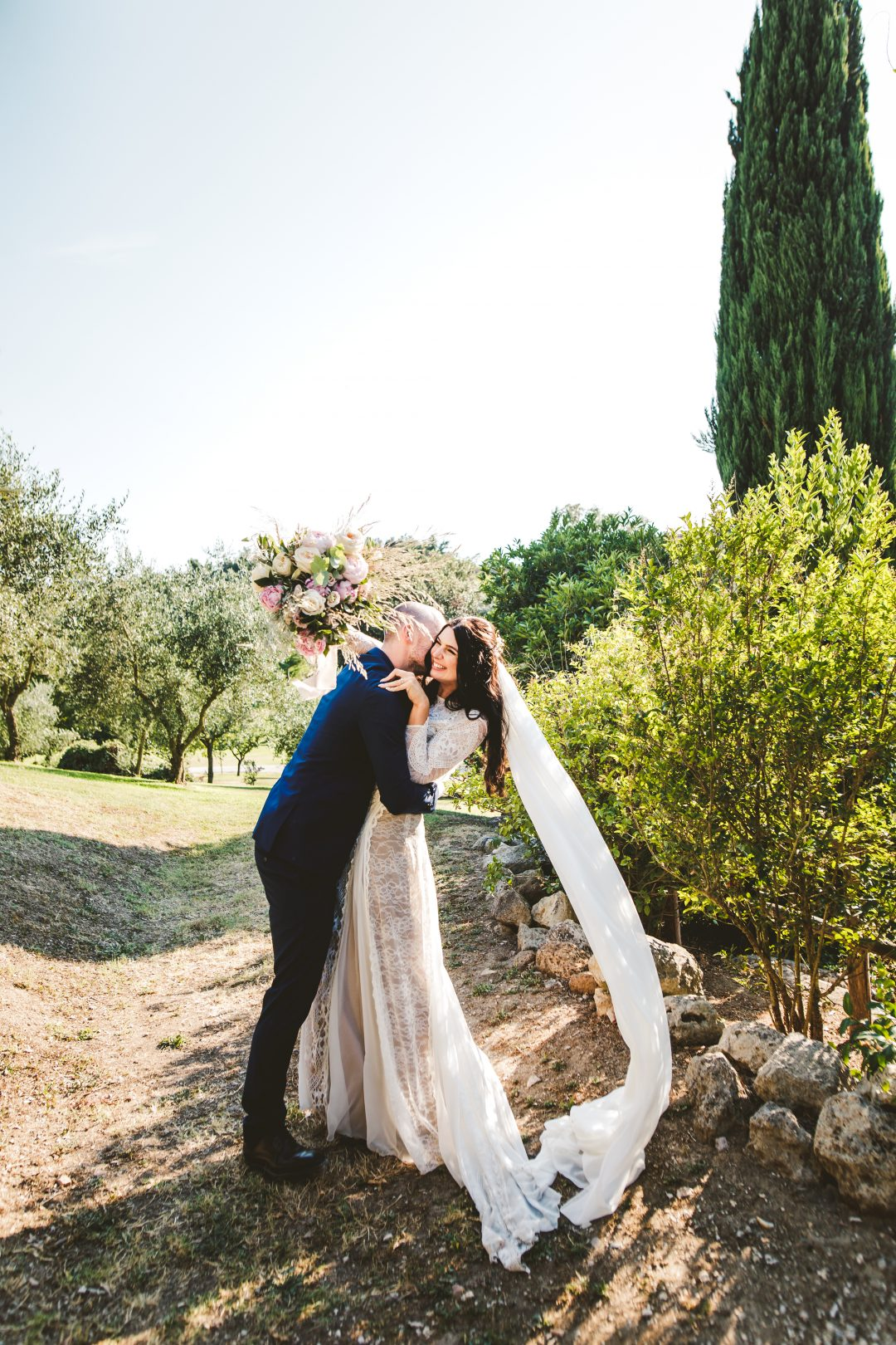 Boho chic wedding at Borgo di Tragliata