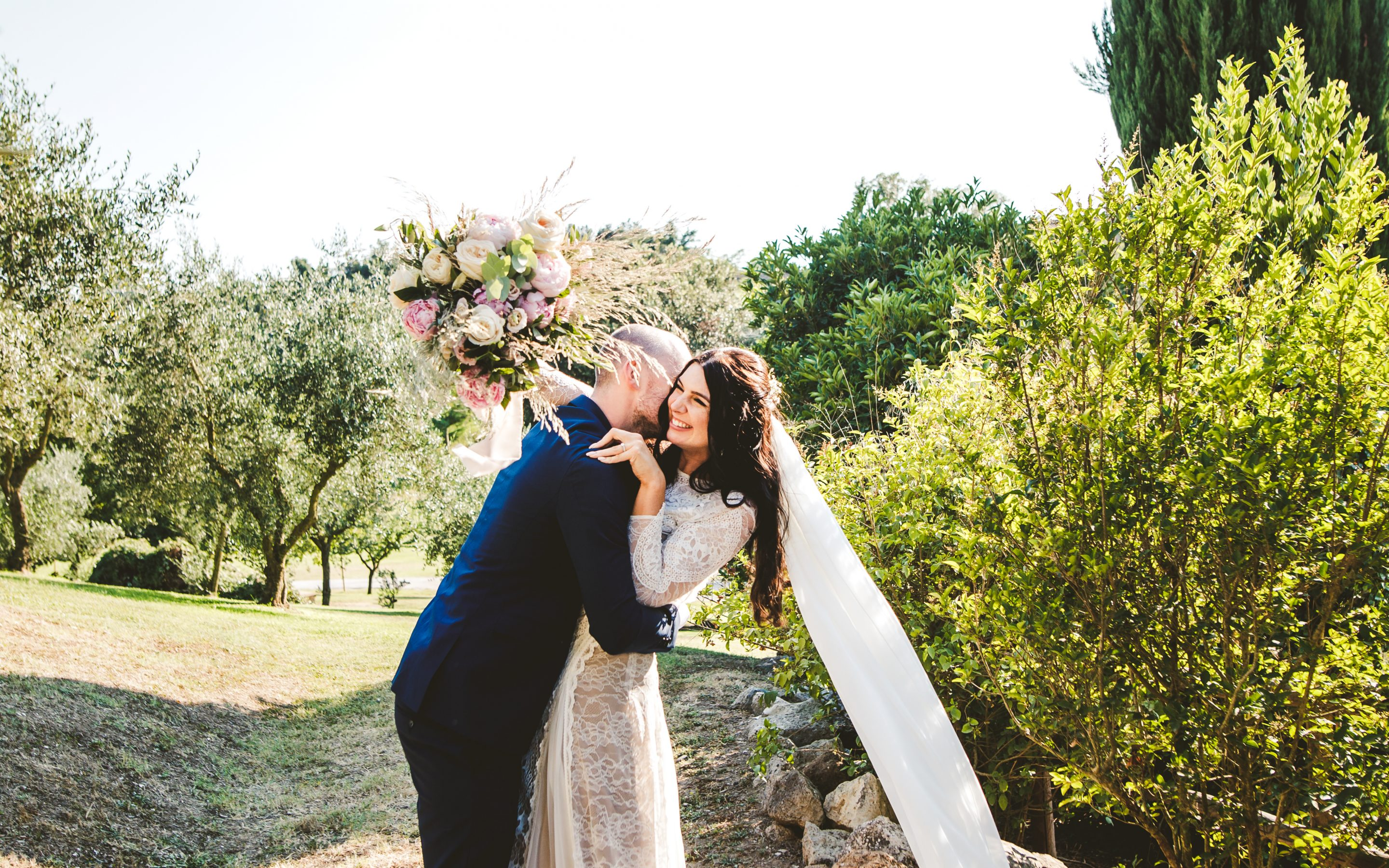 Boho chic wedding at Borgo di Tragliata